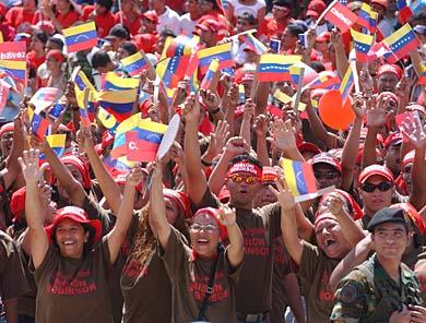 Mientras España continua cayendo en picado, el PIB de Venezuela crece un 5,4% en 2012  Es-profundizando2-390-2