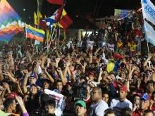 Pueblo victorioso junto a Nicolás Maduro el 14 de abril