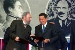Firma de acuerdo del inicio del Convenio Cuba- Venezuela