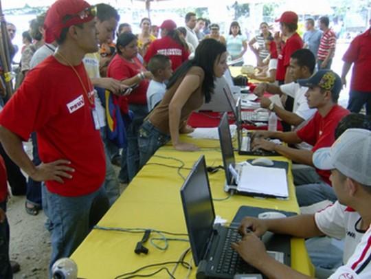 Jornada médico-asistencial en el PSUV