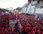 Chávez recorrió las calles de Petare, que se desbordaron de Pueblo este sábado