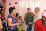 El abanderado de Chávez en Guárico sigue sus recorridos casa a casa.
