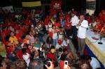 """""""Yo me anoto al ganador"""", es lo que repiten cientos de personas simpatizantes del candidato de Hugo Chávez Frías para Anzoátegui."""