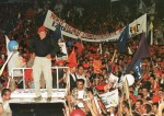 Con el 56,20% de los votos el comandante Hugo Chavez gano las elecciones de 1998