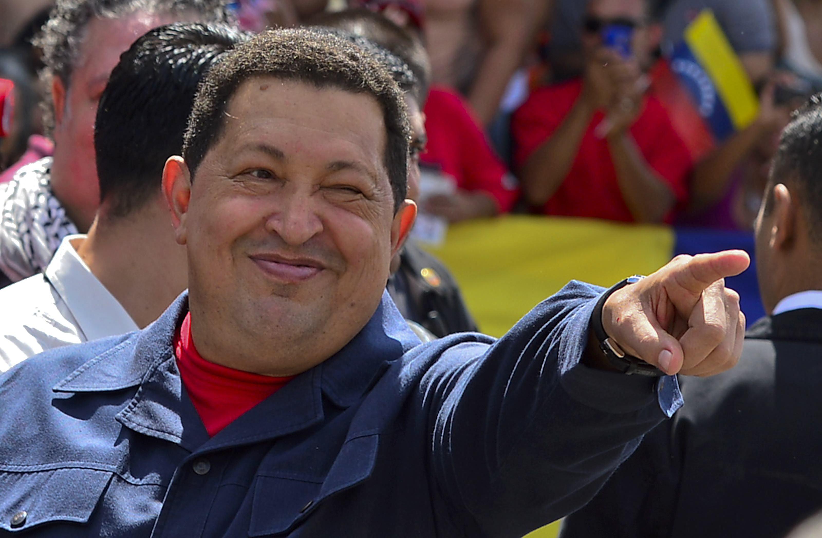 Cómo Chávez arruinó la economía más rica de América Latina