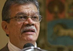 Earle Herrera