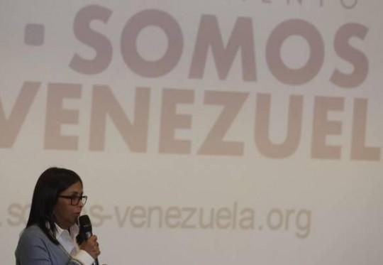 Resultado de imagen para imagen de delcy rodriguez y el partido somos venezuela